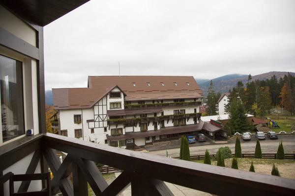 balcon etajul 2