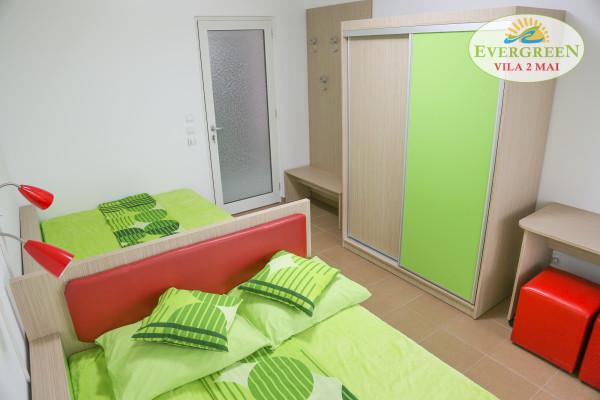 Dormitor cvadruplu